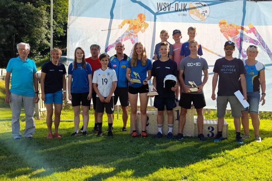 Rastbüchler Athleten liefern Top-Leistung beim heimischen Sommerspringen
