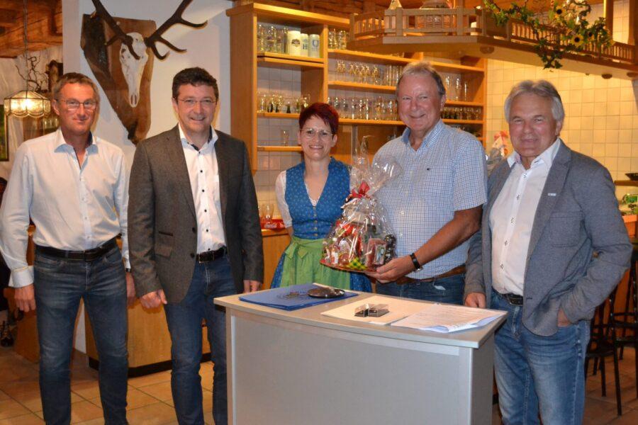 Vorstandmitglieder vom BLSV und vom Skiverband ausgezeichnet